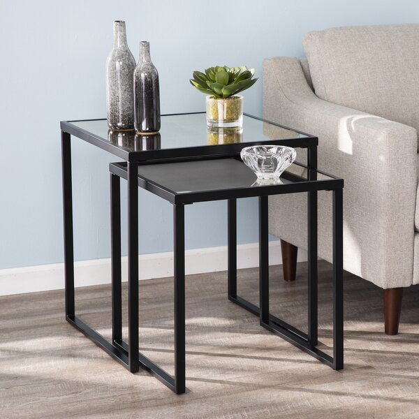 Review Linlith Sled 2 Nesting Table