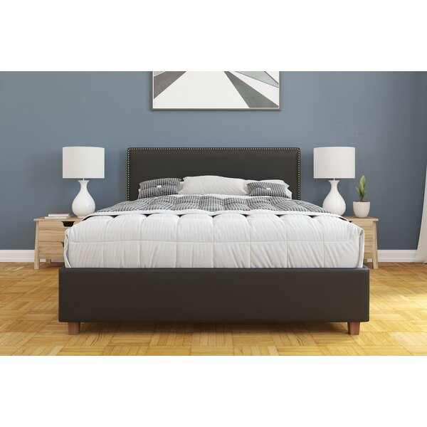 Doraville Upholstered Platform Bed by Charlton Home