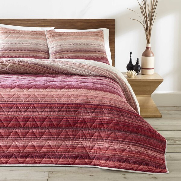 Cifuentes Reversible Quilt Set by Bungalow Rose
