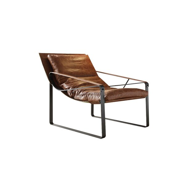Review Linde Lounge Chair
