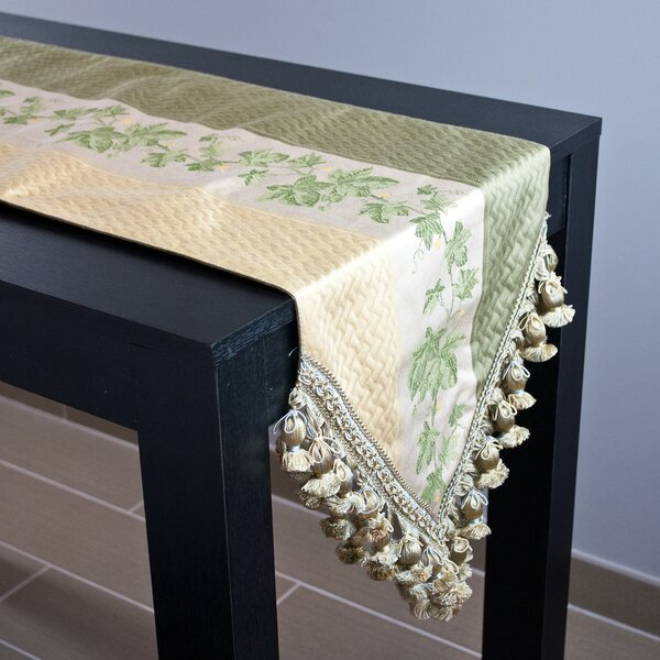 Ivy Table Runner by Sherry Kline