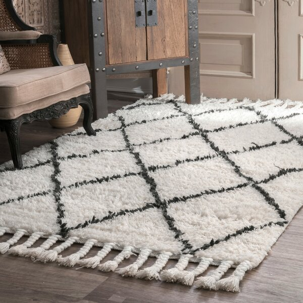 Twinar Hand-Knotted Wool Off White/Dark Grey Area Rug by Langley Street