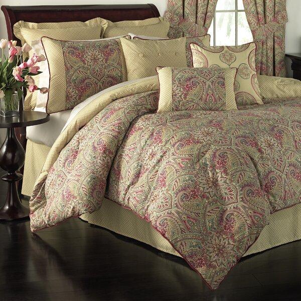 Swept Away 4 Piece Reversible Comforter Set