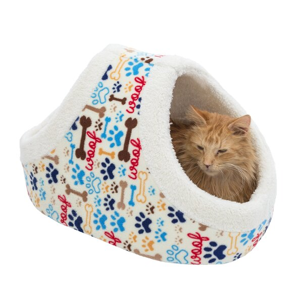Myrna Pet Basket by Tucker Murphy Pet