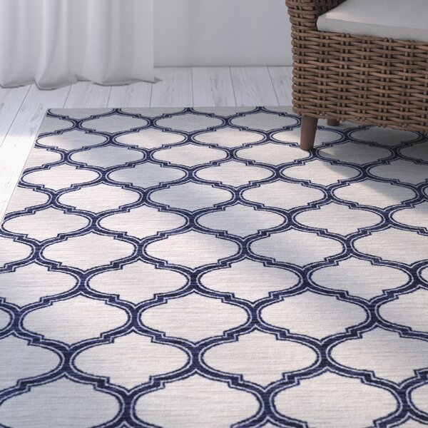 Whitherspoon Navy/Cream Area Rug by Breakwater Bay
