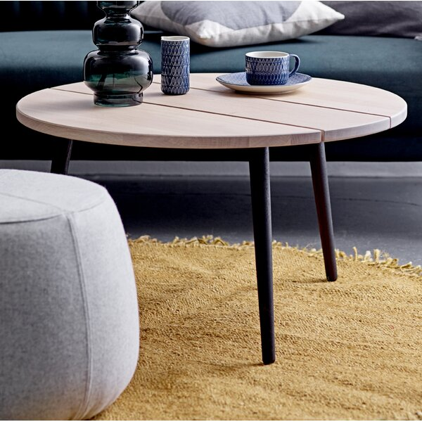 Review Wantaugh Coffee Table