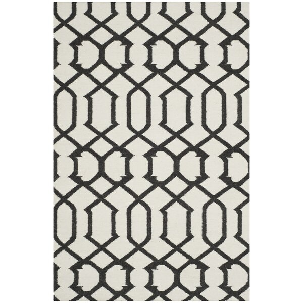 Dhurries Wool Ivory/Charcoal Area Rug by Safavieh