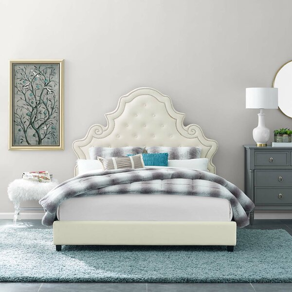 Phaneuf Tufted Nailhead Performance Queen Upholstered Platform Bed by House of Hampton