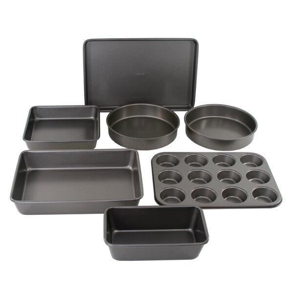 7 Piece Non-Stick Bakeware Set by Oneida