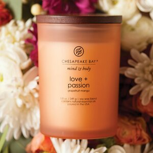 Mind & Body Love and Passion Grapefruit Mango Jar Candle