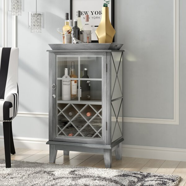 Jimmy Bar Cabinet by House of Hampton House of Hampton