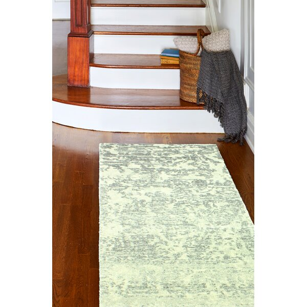Arlingham Ivory/Grey Area Rug by Bungalow Rose