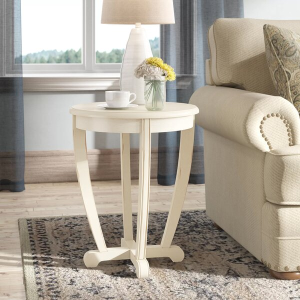 Review Esmond End Table