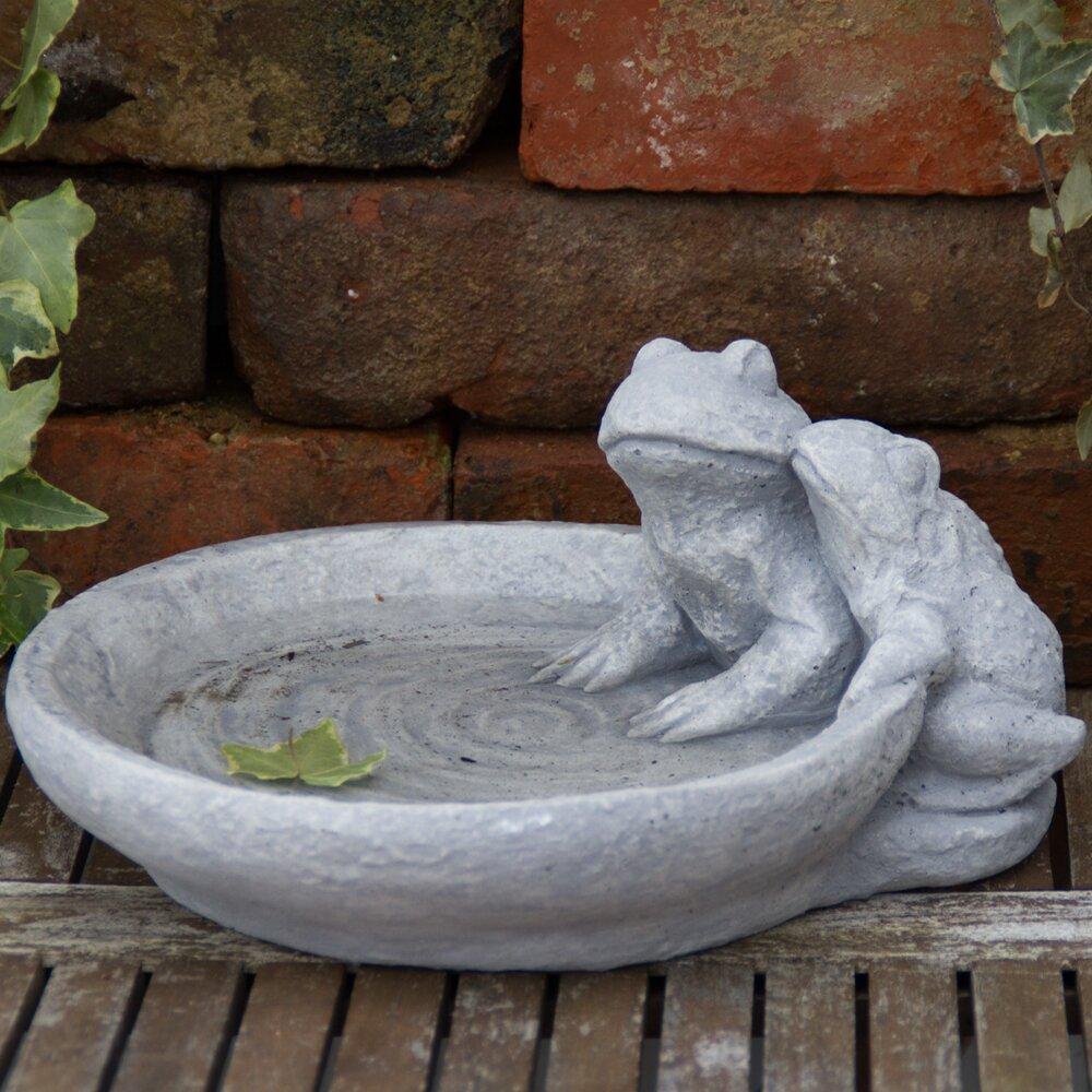 Domenica Frogs Birdbath