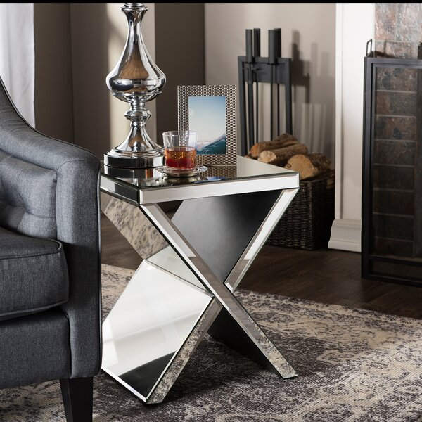 Kaplan End Table by Mercer41