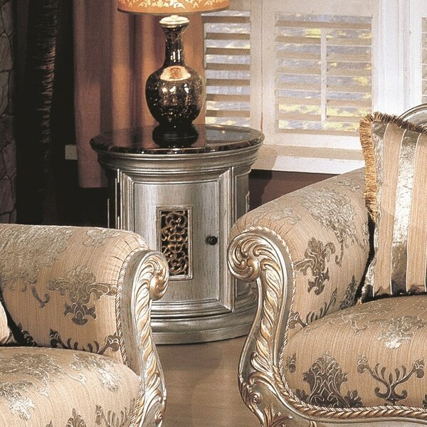 Vyctory End Table by Wildon Home ®
