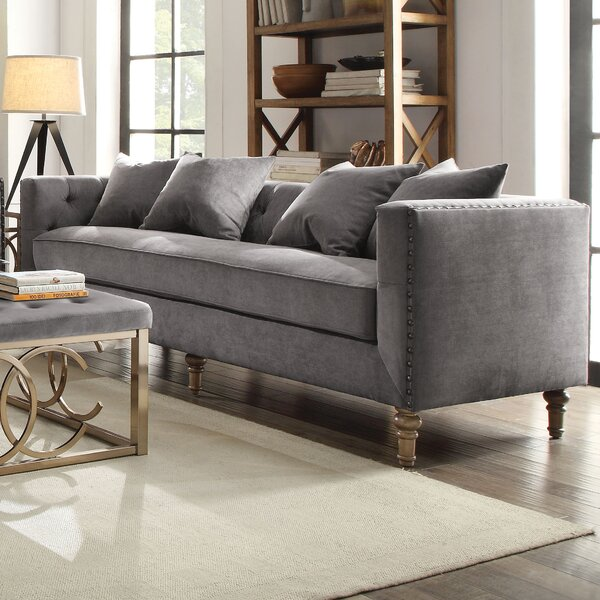 Croyd Chesterfield Sofa by Everly Quinn
