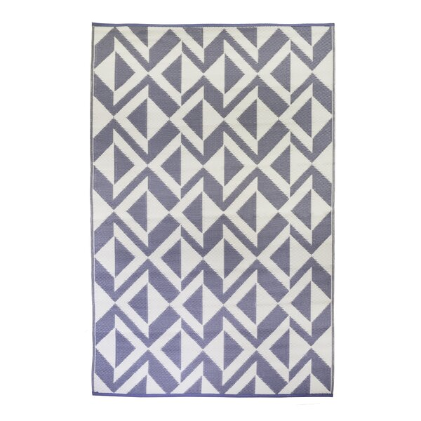 Premier Home Hand-Woven Indigo/White Indoor/Outdoor Area Rug by Fox Hill Trading
