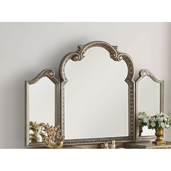 Senath Vanity with Mirror by Rosdorf Park