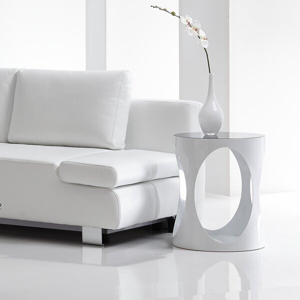 Marlow End Table by Bellini Modern Living
