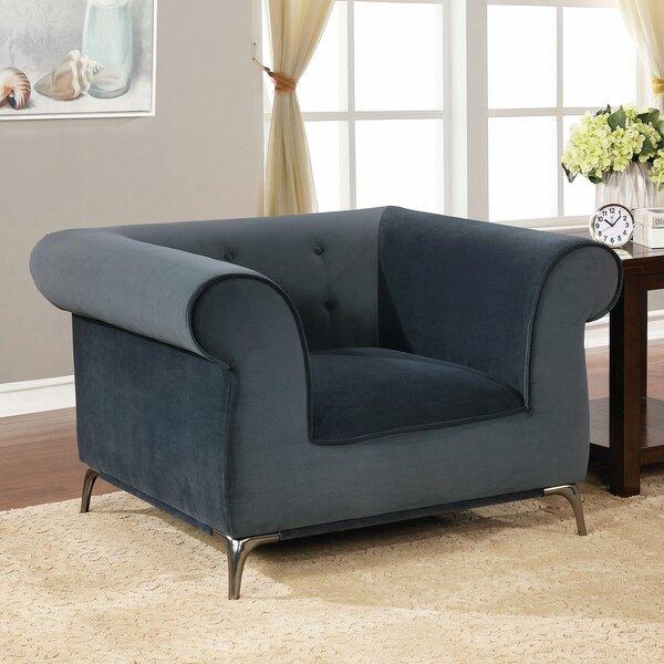 Aparicio Chesterfield Chair by Everly Quinn