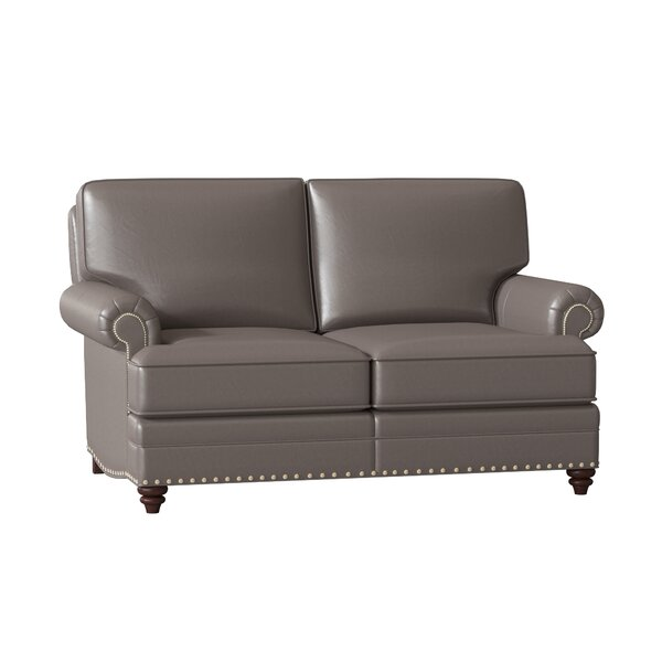 Review Carrado Leather Loveseat