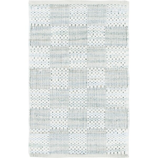 Cepeda Hand-Woven Cotton Ivory Area Rug by Gracie Oaks