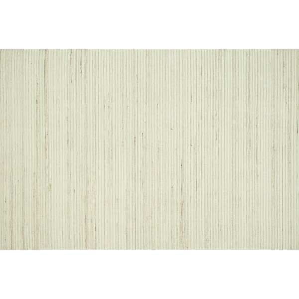 Souvenance Ivory Solid Area Rug by Latitude Run
