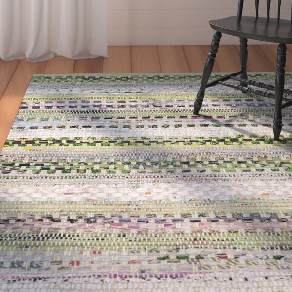 Vesey Hand-Woven Green/Gray Area Rug by August Grove