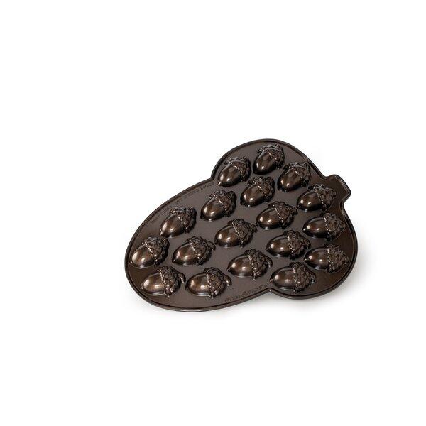 Acorn Cakelet Pan by Nordic Ware