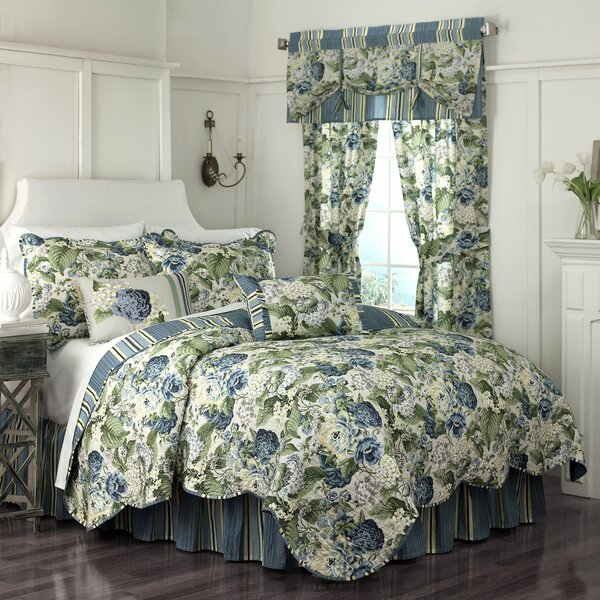 Floral Flourish Quilt Collection