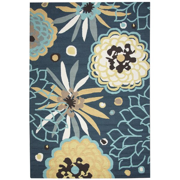 Evangeline Stain Resistant Hand-Tufted Indoor/Outdoor Area Rug by Ebern Designs