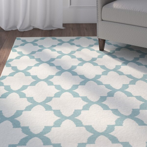 Tyesha Seafoam/Cream Indoor/Outdoor Area Rug by Winston Porter