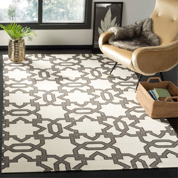 Kata Hand-Woven Wool Ivory/Gray Area Rug by Safavieh