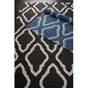 Affordable Price Findley Hand-Woven Black/Butter Area Rug ByDarby Home Co