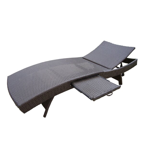 Kingsmill Chaise Lounge by Rosecliff Heights