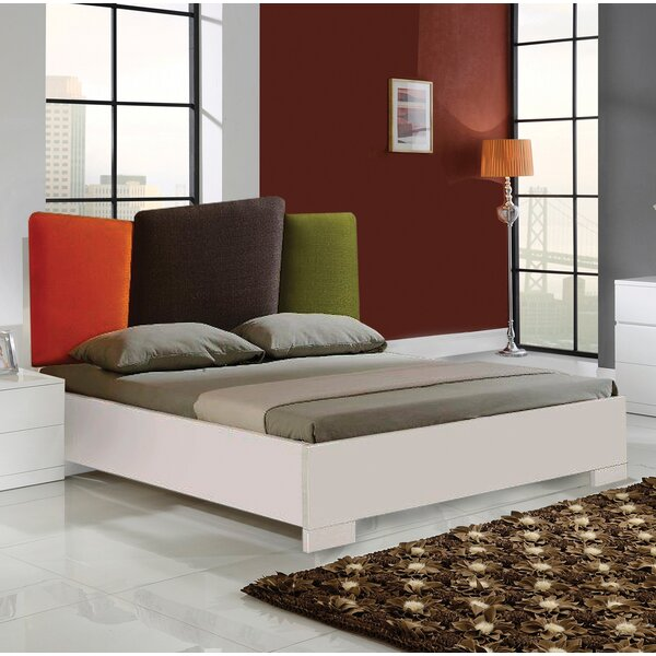 Mirpanah Upholstered Platform Bed by Latitude Run
