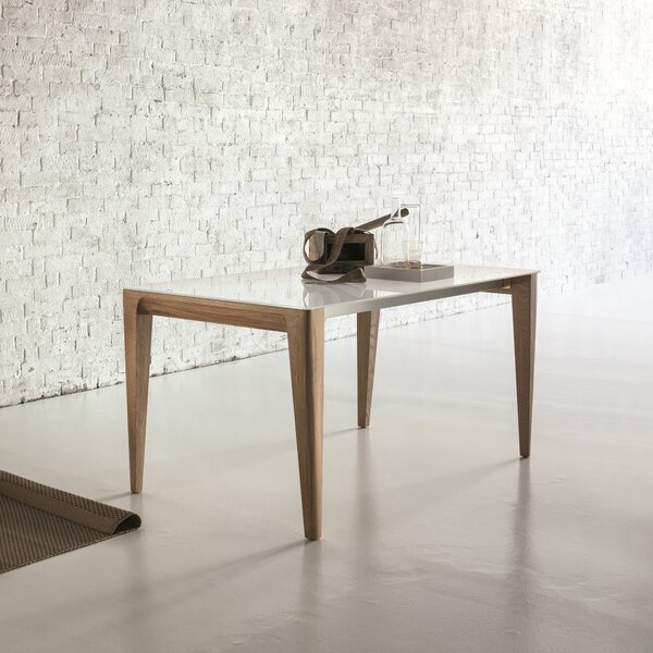 Sunrise Extendable Solid Wood Dining Table by YumanMod