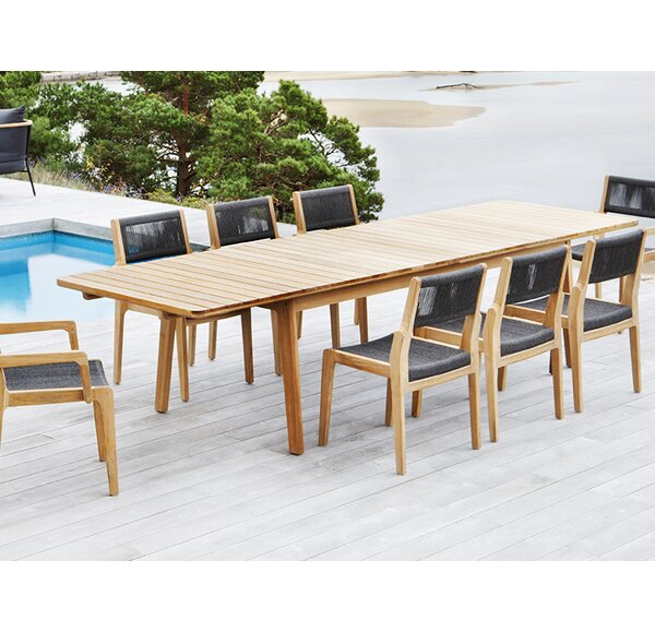 Skagen Extendable Dining Table by OASIQ