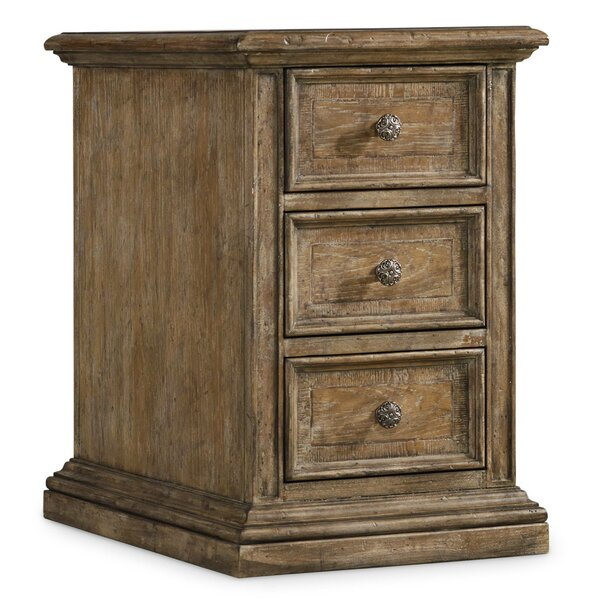 Solana 3 Drawer Accent Chest by Hooker Furniture