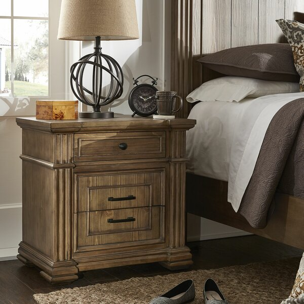 Aphan 3 Drawer Nightstand by Charlton Home