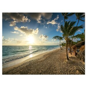 'Beautiful Caribbean Vacation Beach' Photographic Print on Wrapped Canvas by Design Art