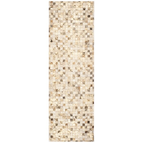 Atchley Hand Tufted Ivory Area Rug by Loon Peak