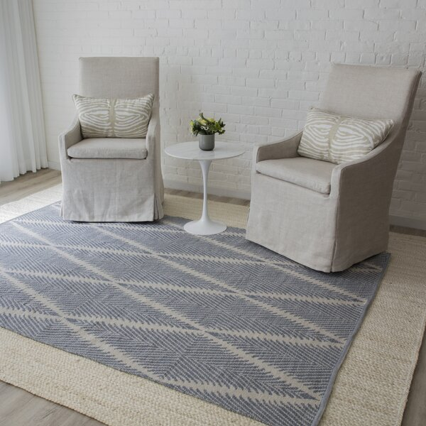 River Beacon Hand-Woven Denim Area Rug by Erin Gates by Momeni