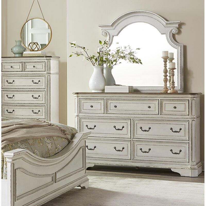 Lark Manor Castleford 7 Drawer Dresser