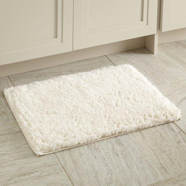 Linda Bath Mat by Birch Lane™