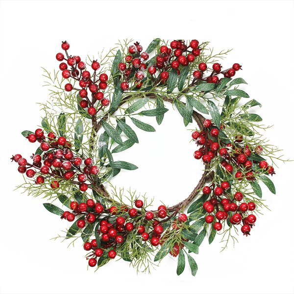 18 Artificial Leaves and Berries Christmas Wreath by Northlight Seasonal
