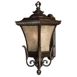 Clearance Brynmar Outdoor Sconce By Hinkley Lighting