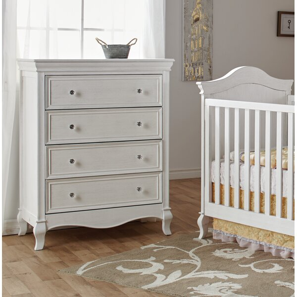 Mammie 4 Drawer Chest by Harriet Bee
