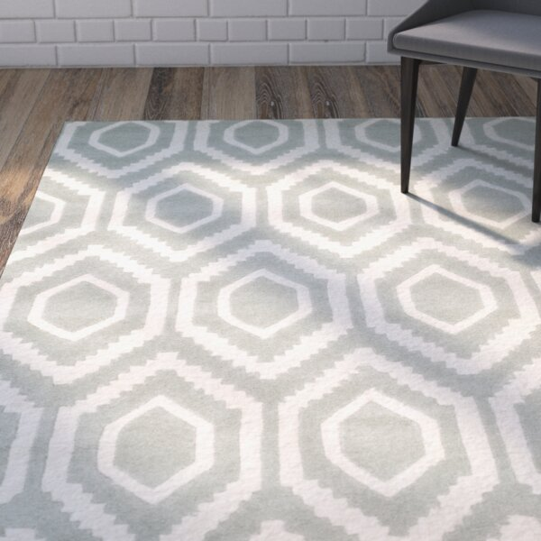 Wilkin Hand-Tufted Gray/Ivory Area Rug by Wrought Studio